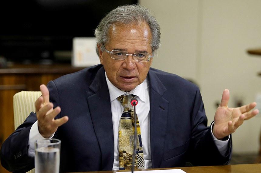 O ministro da Economia, Paulo Guedes, durante reunião com dirigentes da Frente Nacional de Prefeitos (FNP).