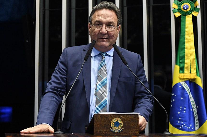 Plenário do Senado Federal durante sessão deliberativa ordinária.   Em discurso, à tribuna, senador Lucas Barreto (PSD-AP).  Foto: Jefferson Rudy/Agência Senado