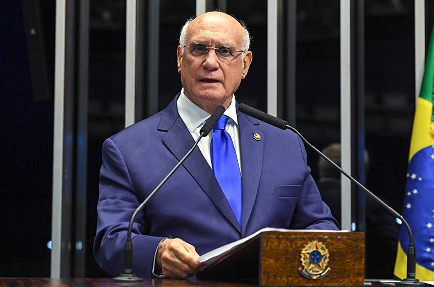 Plenário do Senado Federal durante sessão deliberativa ordinária.   À tribuna, em discurso, senador Lasier Martins (Pode-RS).   Foto: Jefferson Rudy/Agência Senado