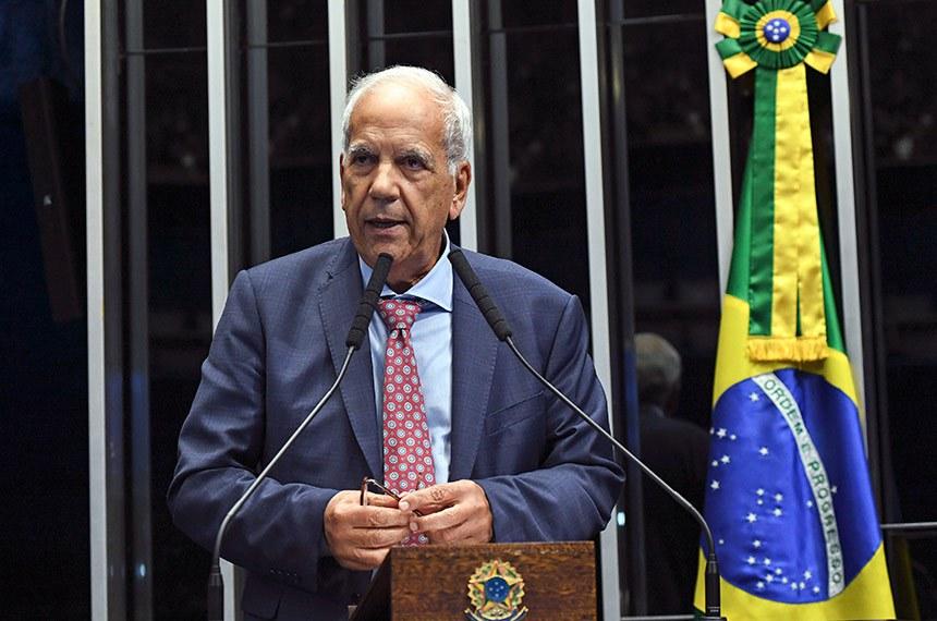 Plenário do Senado Federal durante sessão deliberativa ordinária.   Em discurso, à tribuna, senador Oriovisto Guimarães (Pode-PR).  Foto: Jefferson Rudy/Agência Senado