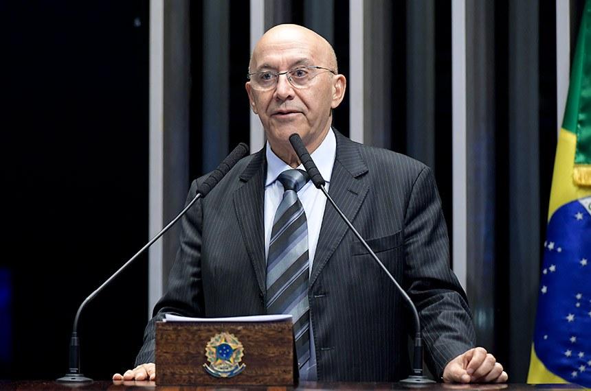 Plenário do Senado Federal durante sessão deliberativa ordinária.   Em discurso, à tribuna,  senador Confúcio Moura (MDB-RO).  Foto: Waldemir Barreto/Agência Senado