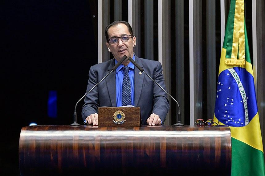 Plenário do Senado Federal durante sessão não deliberativa.   Em discurso, à tribuna, senador Jorge Kajuru (PSB-GO).  Foto: Waldemir Barreto/Agência Senado