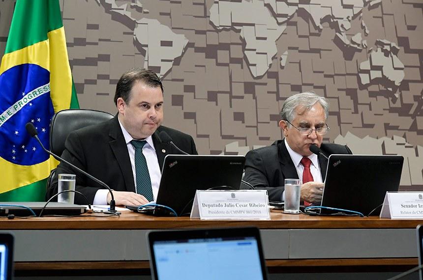 Senador pelo Distrito Federal, Izalci Lucas é o relator da medida provisória e apresentou um substitutivo que aborda detalhes como a situação dos funcionários da Junta Comercial na fase de transição