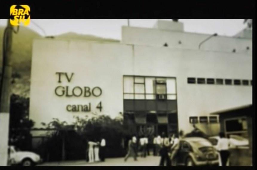 """Imagens da TV Globo e Roberto Marinho reproduzidas no filme """"Roberto Marinho - O Senhor do Seu Tempo"""" exibido pelo Canal Brasil."""
