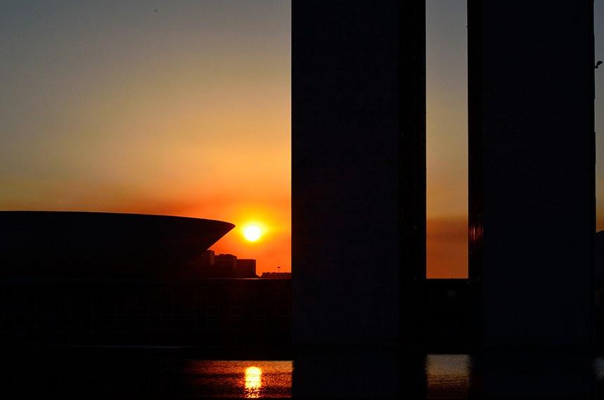 Pôr do Sol no Congresso Nacional.