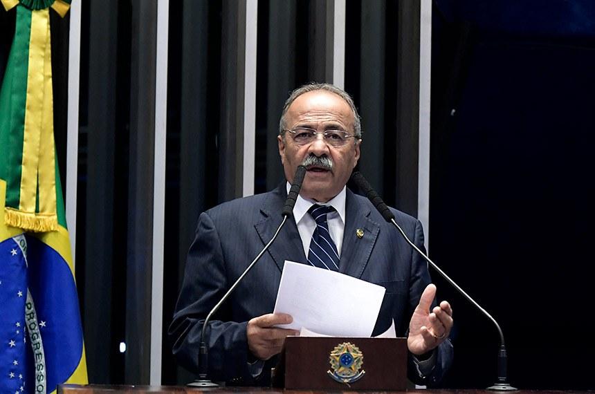 Plenário do Senado Federal durante sessão não deliberativa.   Em discurso, à tribuna, senador Chico Rodrigues (DEM-RR).  Foto: Waldemir Barreto/Agência Senado