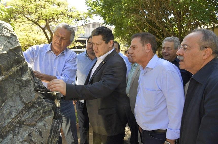 27.04.2019 Visita a Mineradora SAMA  O presidente do Senado, Davi Alcolumbre (Democratas-AP), visita a Mineradora SAMA em Goiás.     Foto: Marcos Brandão