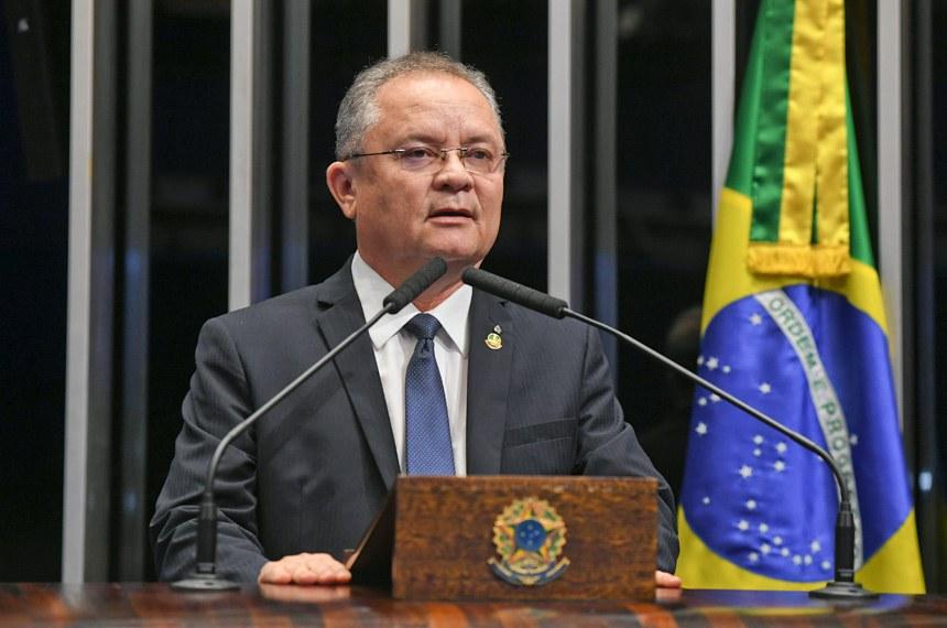 Plenário do Senado Federal durante sessão não deliberativa.   Em discurso, à tribuna, senador Zequinha Marinho (PSC-PA).  Foto: Jefferson Rudy/Agência Senado