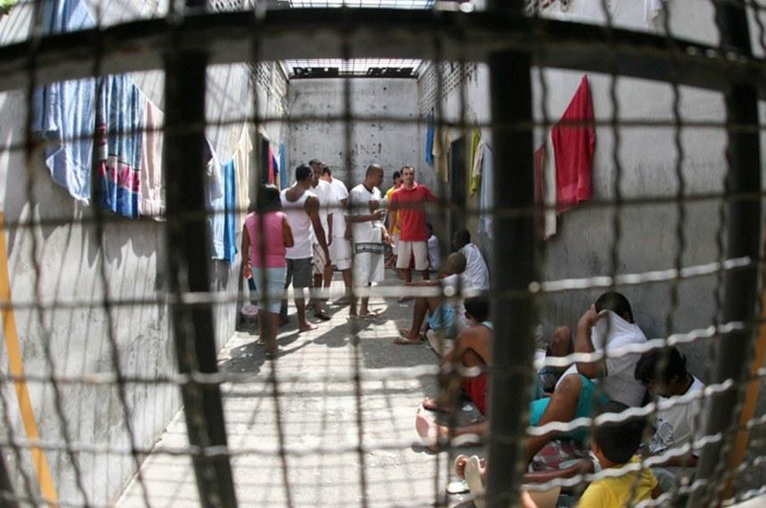 CPI do Sistema Penitenciá¡rio visita da comissão à cadeia pública de Valparaiso - GO  Luiz Alves/Sefot-Secom CD