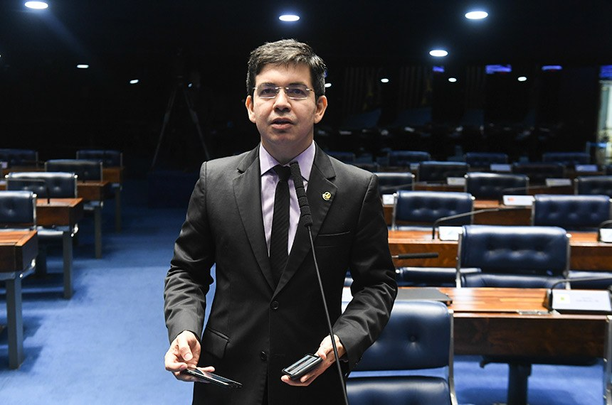 Plenário do Senado Federal durante sessão deliberativa ordinária.   Em pronunciamento,  senador Randolfe Rodrigues (Rede-AP).  Foto: Jefferson Rudy/Agência Senado