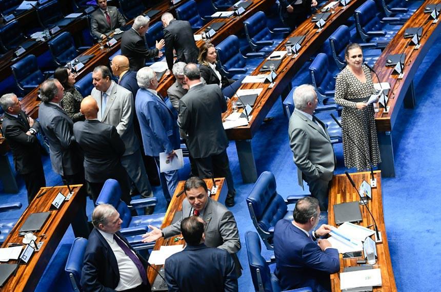 Plenário do Senado Federal durante sessão deliberativa ordinária. Ordem do dia.  Participam: senador Marcio Bittar (MDB-AC); senador Otto Alencar (PSD-BA); senador Tasso Jereissati (PSDB-CE); senadora Kátia Abreu (PDT-TO); senadora Simone Tebet (MDB-MS).  Foto: Marcos Oliveira/Agência Senado