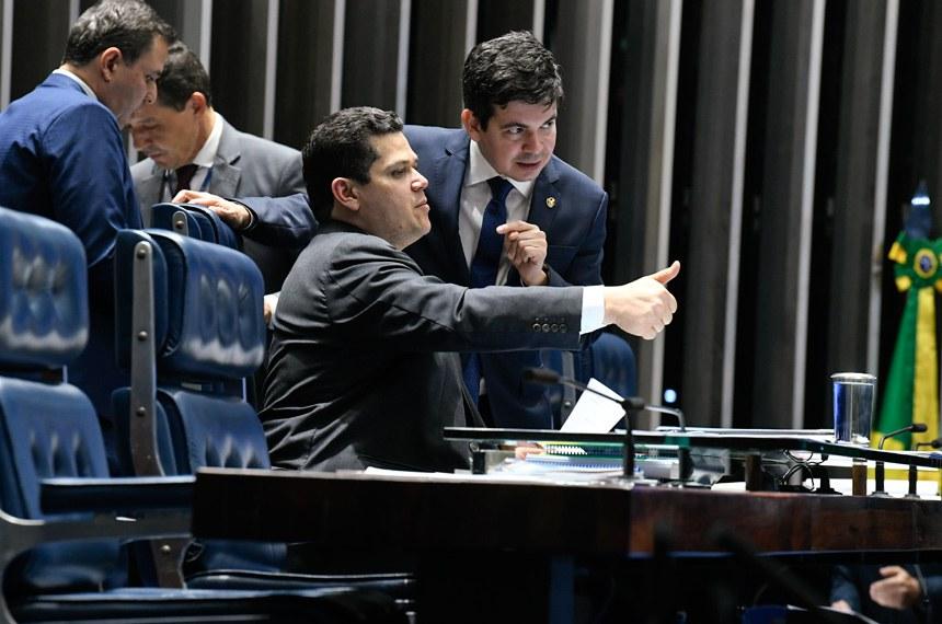 Plenário do Senado Federal durante sessão deliberativa ordinária. Ordem do dia.  Presidente do Senado Federal, senador Davi Alcolumbre (DEM-AP) à mesa.    Foto: Roque de Sá/Agência Senado
