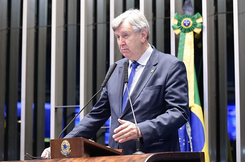 Plenário do Senado Federal durante sessão deliberativa ordinária.   À tribuna, em discurso, senador Luis Carlos Heinze (PP-RS).  Foto: Waldemir Barreto/Agência Senado