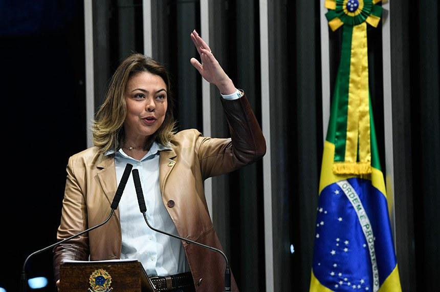 Plenário do Senado Federal durante sessão não deliberativa.   Em discurso, à tribuna, senadora Leila Barros (PSB-DF).  Foto: Edilson Rodrigues/Agência Senado