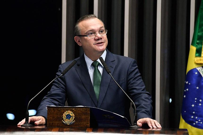 Plenário do Senado Federal durante sessão não deliberativa.   Em pronunciamento, à tribuna, senador Wellington Fagundes (PR-MT).   Foto: Edilson Rodrigues/Agência Senado