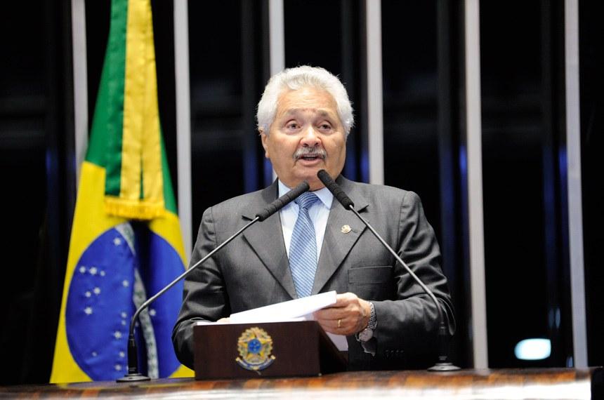 Plenário do Senado Federal durante sessão não deliberativa.   Em discurso, à tribuna, senador Elmano Férrer (Pode-PI).  Foto: Roque de Sá/Agência Senado