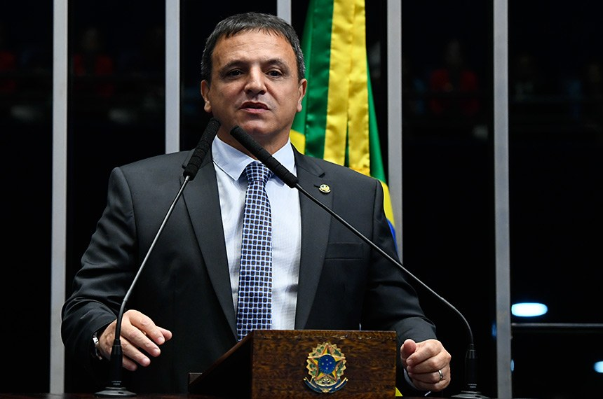 Plenário do Senado Federal durante sessão deliberativa ordinária.   À tribuna, em discurso, senador Marcio Bittar (MDB-AC).  Foto: Marcos Oliveira/Agência Senado