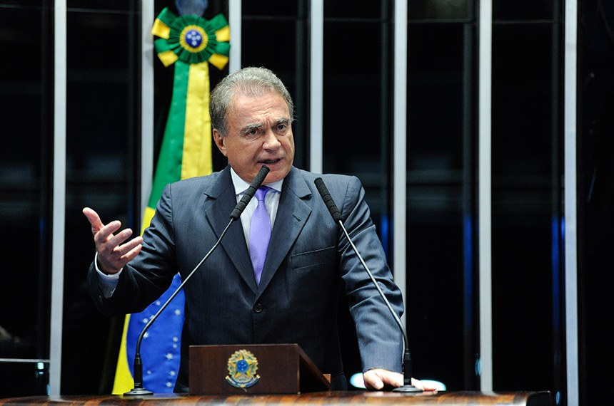 Plenário do Senado Federal durante sessão não deliberativa.   À tribuna, em discurso, senador Alvaro Dias (Pode-PR).  Foto: Roque de Sá/Agência Senado