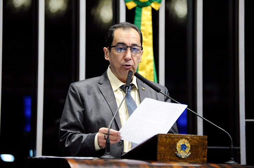 Plenário do Senado Federal durante sessão não deliberativa.   À tribuna, em discurso, senador Jorge Kajuru (PSB-GO).  Foto: Roque de Sá/Agência Senado