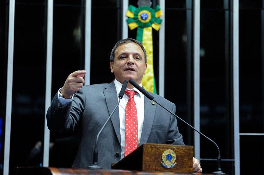 Plenário do Senado Federal durante sessão não deliberativa.   Em discurso, à tribuna, senador Marcio Bittar (MDB-AC).  Foto: Roque de Sá/Agência Senado