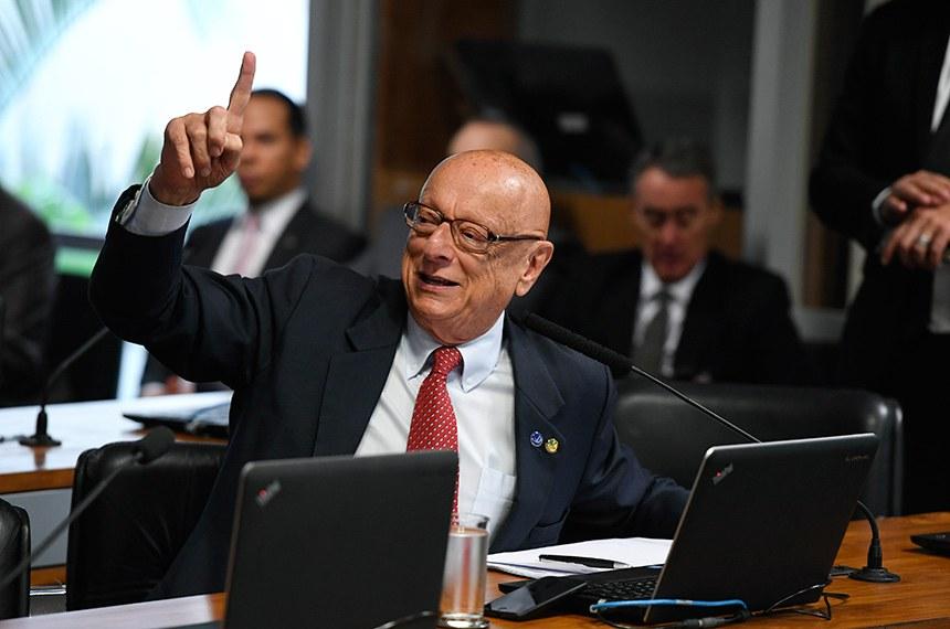 Comissão de Relações Exteriores e Defesa Nacional (CRE) realiza reunião com 5 itens. Na pauta, acordos internacionais e indicações de embaixadores.  Em pronucniamento, senador Esperidião Amin (PP-SC).  Foto: Edilson Rodrigues/Agência Senado