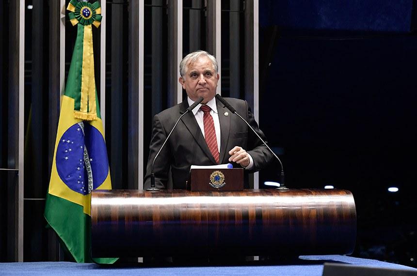 Plenário do Senado Federal durante sessão deliberativa ordinária.   À tribuna, em discurso, senador Izalci (PSDB-DF).  Foto: Waldemir Barreto/Agência Senado