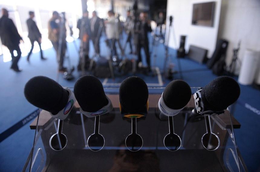Preparativos para sessão deliberativa extraordinária que votará o parecer da Comissão Especial do Impeachment que recomenda o julgamento de Dilma Rousseff por crime de responsabilidade.  Foto: Pedro França/Agência Senado
