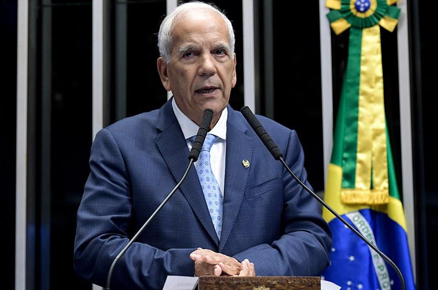 Plenário do Senado Federal durante sessão deliberativa ordinária.   À tribuna, em discurso, senador Oriovisto Guimarães (Pode-PR).  Foto: Waldemir Barreto/Agência Senado