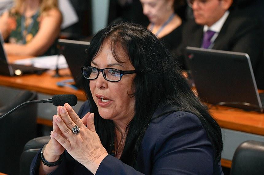 Comissão de Assuntos Sociais (CAS) realiza reunião com 11 itens, entre eles, o PL 682/2019, que estabelece benefícios fiscais a portadores de doenças raras.  Em pronunciamento, senadora Rose de Freitas (Pode-ES).  Foto: Marcos Oliveira/Agência Senado