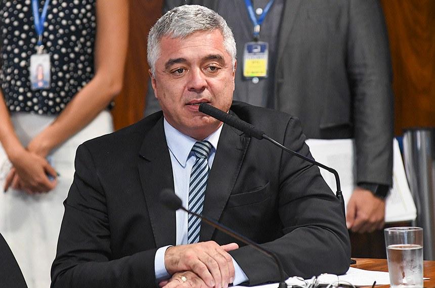O senador Major Olímpio solicitou a iluminação especial para divulgação do teste do pezinho