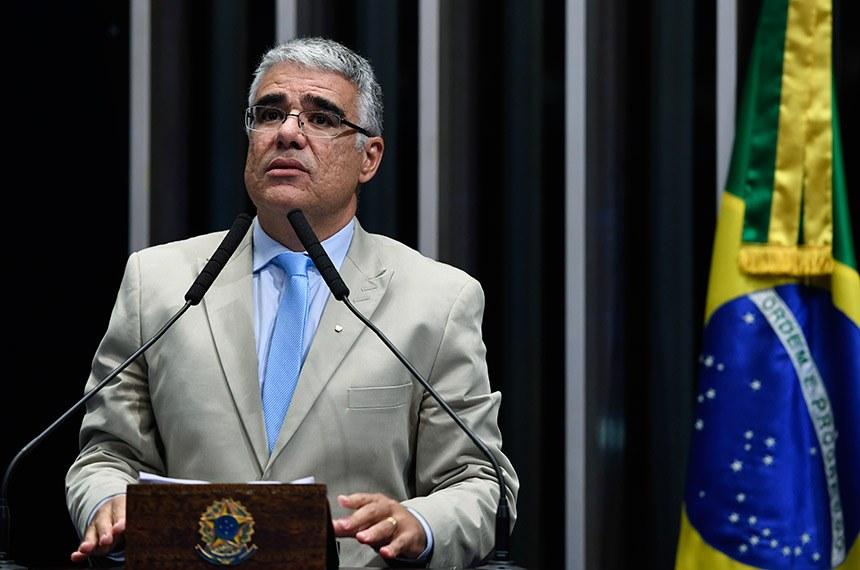 Plenário do Senado Federal durante sessão não deliberativa.   Em discurso, à tribuna, senador Eduardo Girão (Pode-CE).  Foto: Edilson Rodrigues/Agência Senado