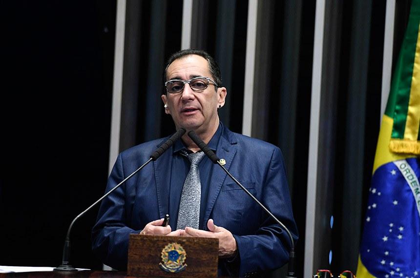 Plenário do Senado Federal durante sessão não deliberativa.   Em discurso, à tribuna, senador Jorge Kajuru (PSB-GO).  Foto: Edilson Rodrigues/Agência Senado