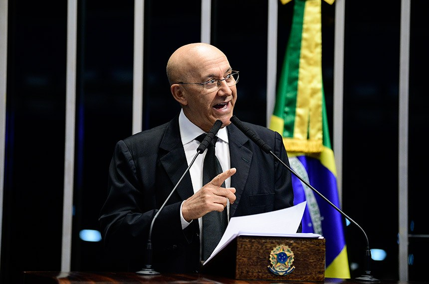 Plenário do Senado Federal durante sessão não deliberativa.   Em discurso, à tribuna, senador Confúcio Moura (MDB-RO).  Foto: Pedro França/Agência Senado