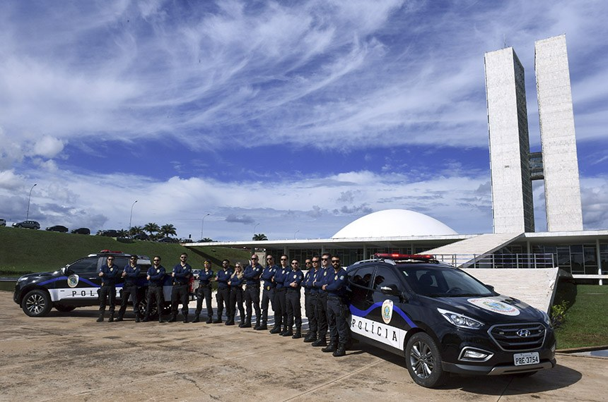Polícia Legislativa do Senado Federal posa para foto oficial em frente ao Congresso Nacional.   Foto: Jefferson Rudy/Agência Senado