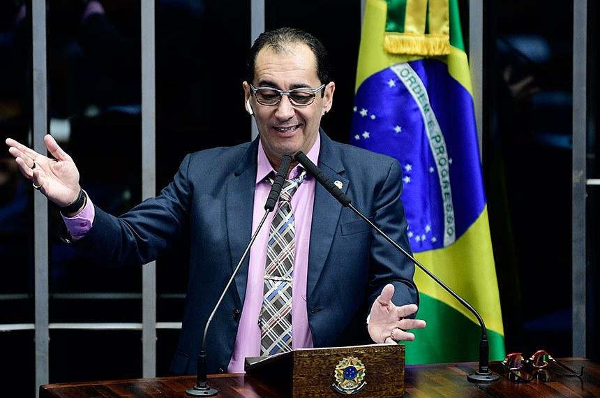 Plenário do Senado Federal durante sessão não deliberativa.   Em discurso, à tribuna, senador Jorge Kajuru (PSB-GO).  Foto: Pedro França/Agência Senado