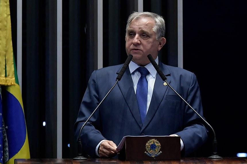 Plenário do Senado Federal durante sessão não deliberativa.   À tribuna, em discurso, senador Izalci (PSDB-DF).  Foto: Waldemir Barreto/Agência Senado