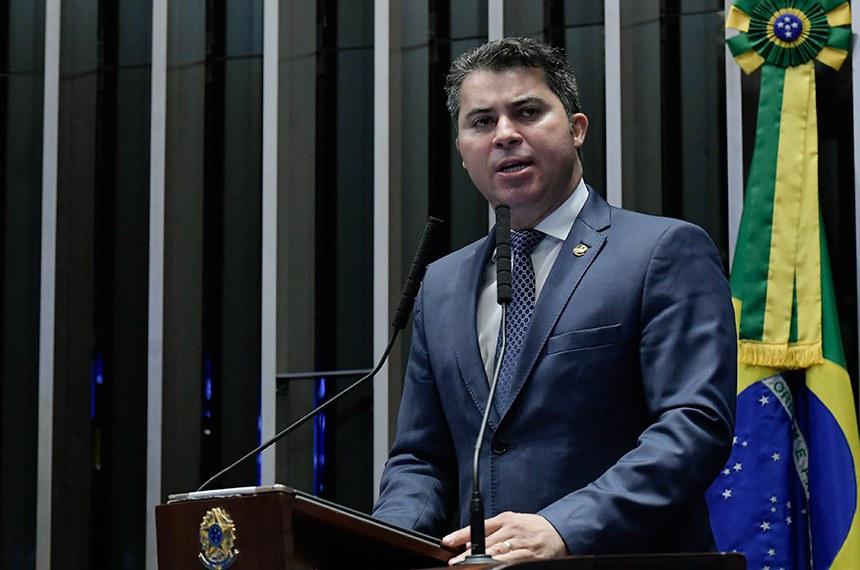 Plenário do Senado Federal durante sessão não deliberativa.   À tribuna, em discurso, senador Marcos Rogério (DEM-RO).  Foto: Waldemir Barreto/Agência Senado