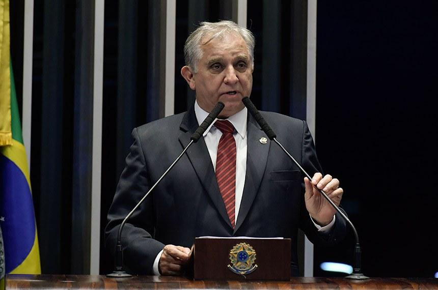 Plenário do Senado Federal durante sessão deliberativa ordinária.   Em discurso, à tribuna, senador Izalci (PSDB-DF).  Foto: Waldemir Barreto/Agência Senado
