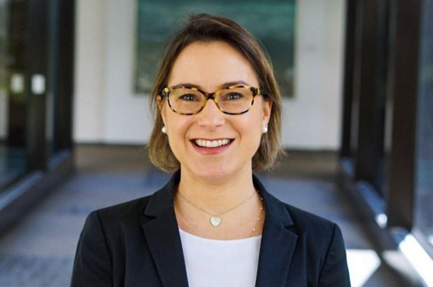 Fernanda Nechio, atual research advisor do FED, indicada para ocupar a diretoria de Assuntos Internacionais e Riscos Corporativos do Banco Central.