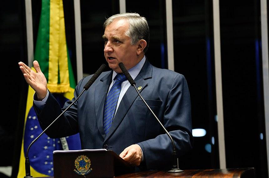 Plenário do Senado Federal durante sessão não deliberativa.   Em discurso, à tribuna, senador Izalci (PSDB-DF).  Foto: Jefferson Rudy/Agência Senado