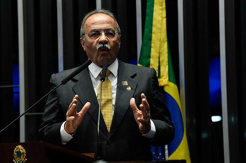 Plenário do Senado Federal durante sessão não deliberativa.   Em discurso, à tribuna, senador Chico Rodrigues (DEM-RR).  Foto: Jefferson Rudy/Agência Senado