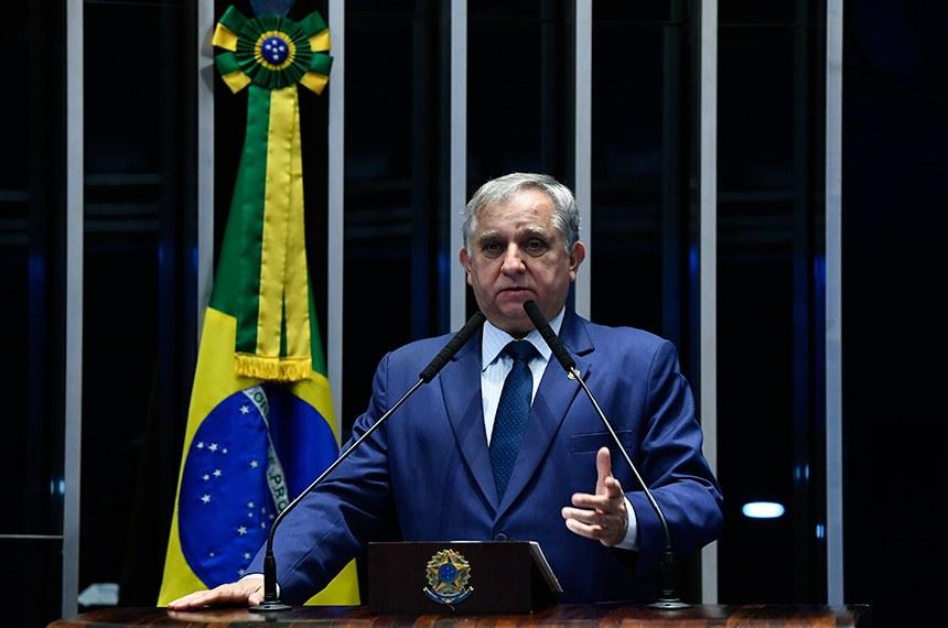 Plenário do Senado Federal durante sessão não deliberativa.   Em discurso, à tribuna, senador Izalci (PSDB-DF).  Foto: Marcos Oliveira/Agência Senado