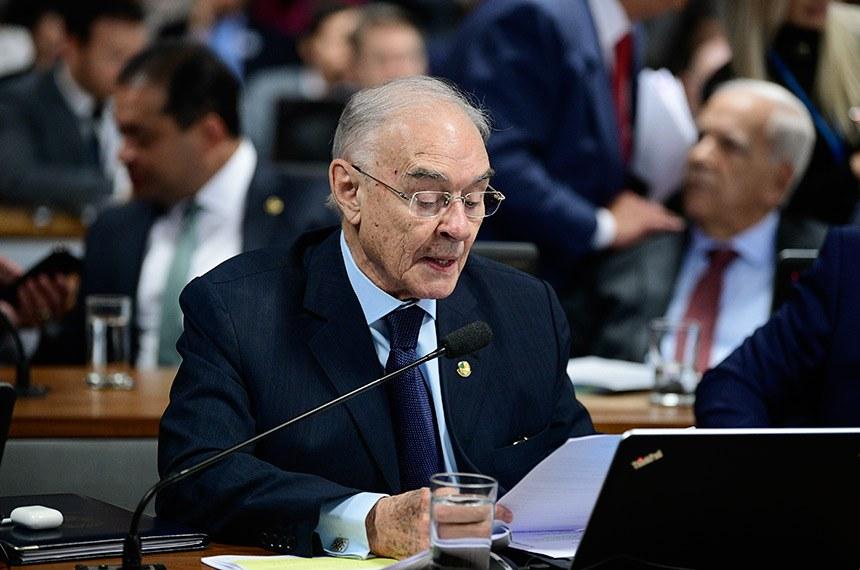Para o relator, senador Arolde de Oliveira, o ponto de partida para resolver a evasão escolar deve ser a identificação das crianças e dos adolescentes que estão fora da escola