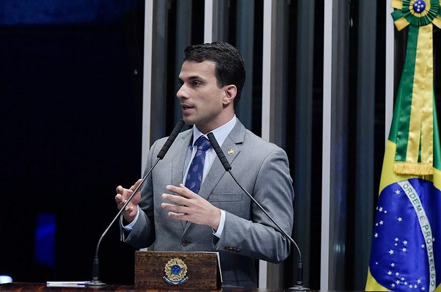 Plenário do Senado Federal durante sessão deliberativa ordinária.   Em pronunciamento, à tribuna,  senador Irajá (PSD-TO).  Foto: Waldemir Barreto/Agência Senado