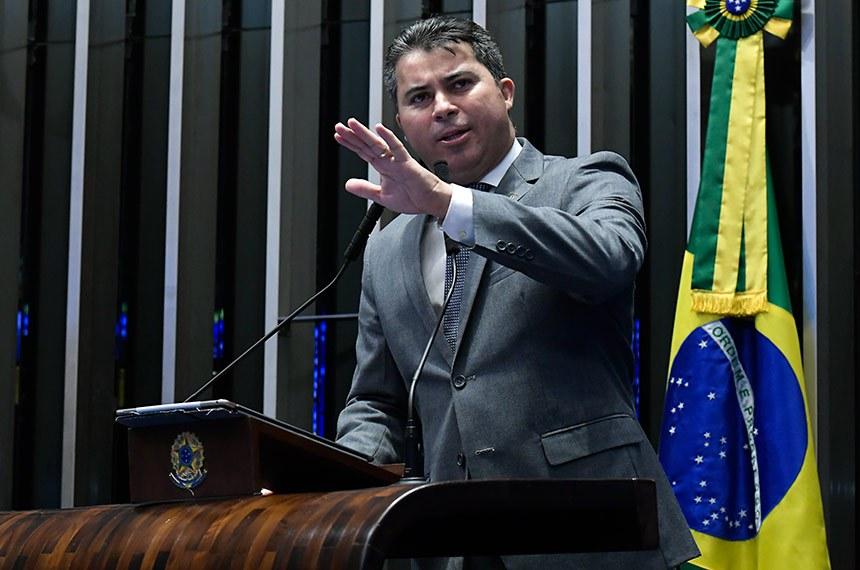 Plenário do Senado Federal durante sessão deliberativa ordinária.   Em discurso, á tribuna, senador Marcos Rogério (DEM-RO).  Foto: Waldemir Barreto/Agência Senado