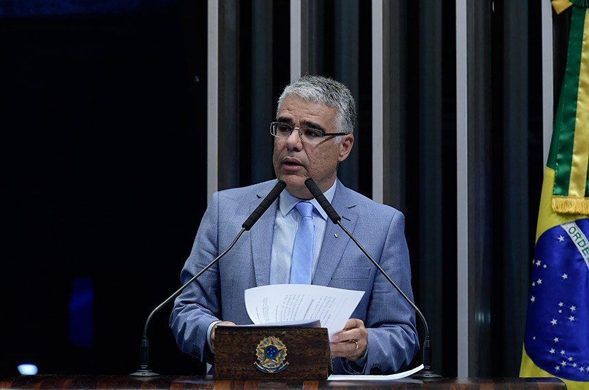 Plenário do Senado Federal durante sessão não deliberativa.   Em discurso, à tribuna, senador Eduardo Girão (Podemos-CE).  Foto: Waldemir Barreto/Agência Senado