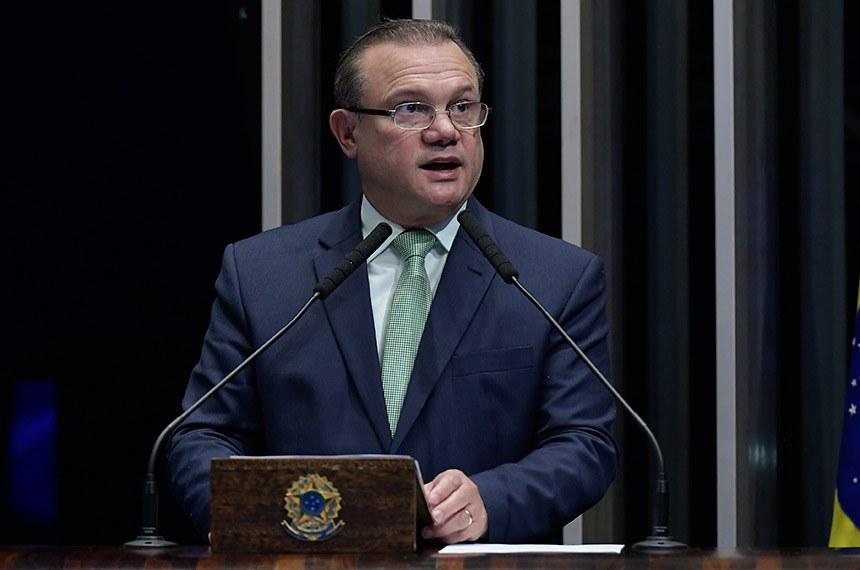 Plenário do Senado Federal durante sessão não deliberativa.   Em discurso, à tribuna, senador Wellington Fagundes (PL-MT).  Foto: Waldemir Barreto/Agência Senado