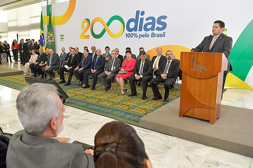 O presidente Jair Bolsonaro participa hoje (18), a partir das 16h, de cerimônia alusiva aos seus 200 dias de governo. O evento será no Palácio do Planalto e vai contar com a presença de ministros, parlamentares e outras autoridades.  Foto:Marcos Brandão/Agência Senado