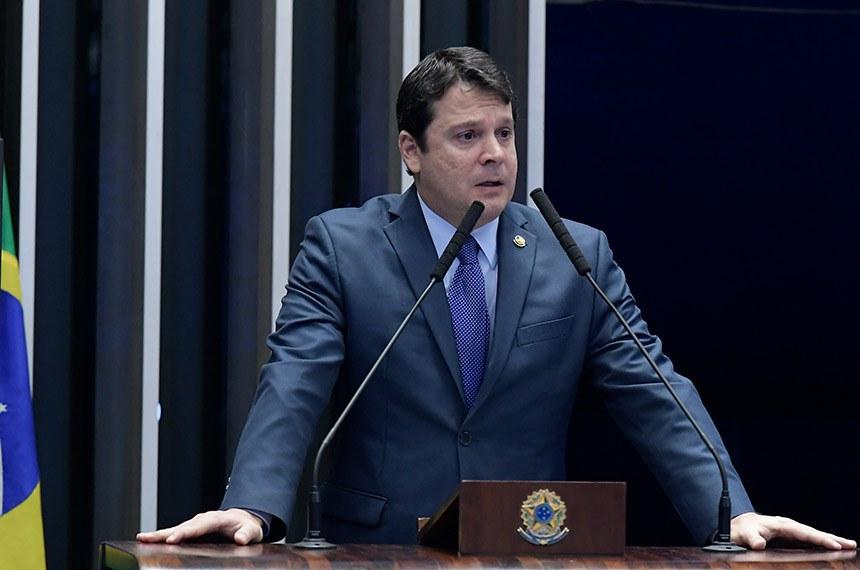 Plenário do Senado Federal durante sessão não deliberativa.   Em discurso, à tribuna,  senador Reguffe (sem partido-DF).  Foto: Waldemir Barreto/Agência Senado
