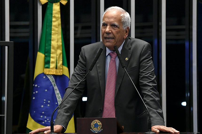Plenário do Senado Federal durante sessão deliberativa ordinária.   À tribuna, em discurso, senador Oriovisto Guimarães (Podemos-PR).  Foto: Jefferson Rudy/Agência Senado